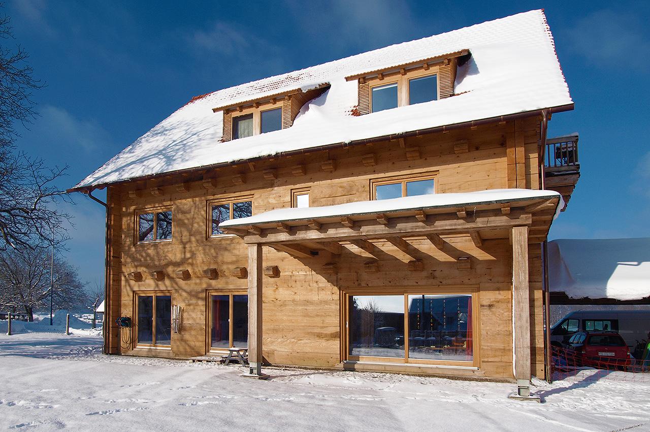 3 Generationen Haus mit Pferdehaltung Schweiz Duffner