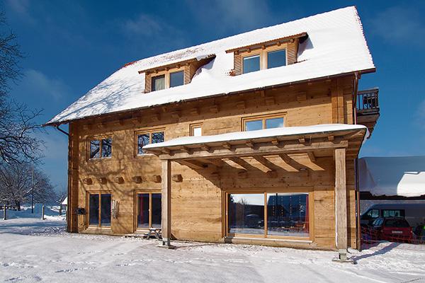 Good 3 Generationen Haus Mit Pferdehaltung Schweiz
