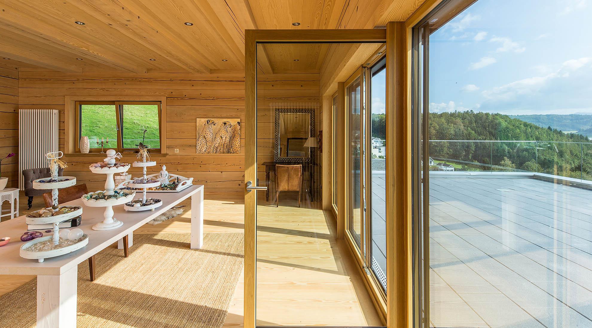 Holzhaus und Blockhaus   Gesundes Bauen mit Holz, Lehm und Stein ...